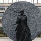 Mary Seacole - KQ6 - Why doesn't everyone agree that Mary deserves her statue at St.Thomas' hospital?